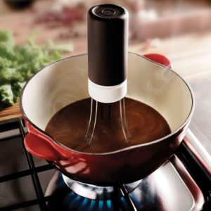 Кухненски робот за автоматично разбъркване