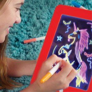 Магически светещ детски таблет за рисуване
