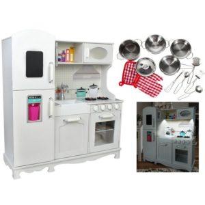 Детска дървена кухня с кухненски уреди и прибори