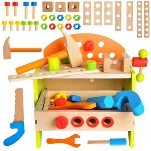 Детска работилница със строителни инструменти