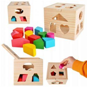 Дървено кубче за сортиране на форми