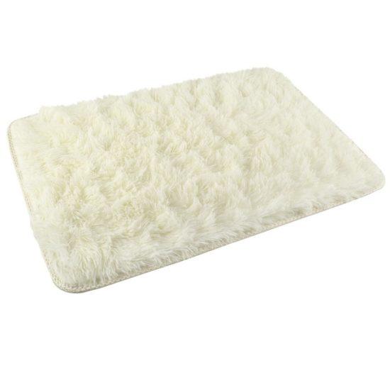 Плюшен килим за баня